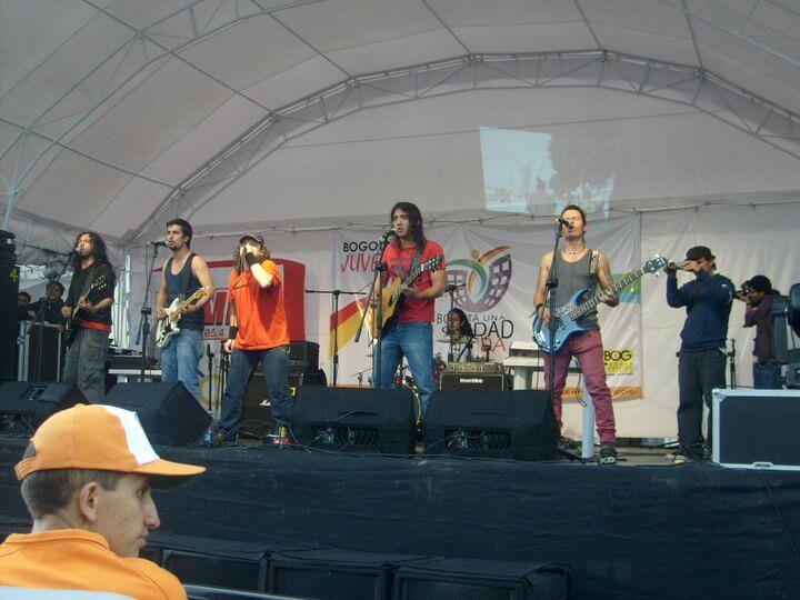 plaza de bolivar Desarme